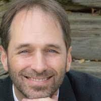 Mike De Luca headshot